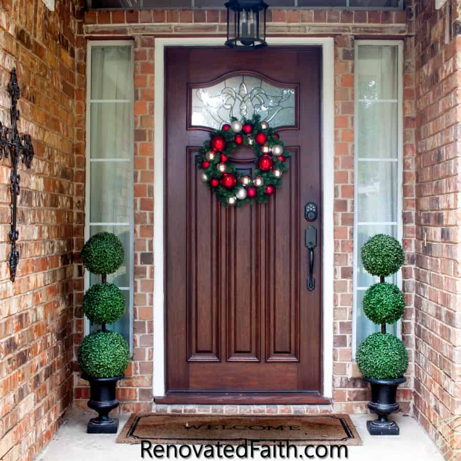Christmas Topiary Decor.The Easiest Diy Topiary Trees On A Budget Topiary