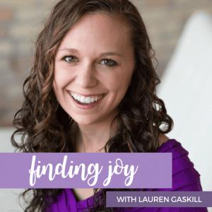 Lauren Gaskill, Best Christian Podcasts for Women, www.renovatedfaith.com #LaurenGaskill #bestpodcasts #toppodcasts #renovatedfaith