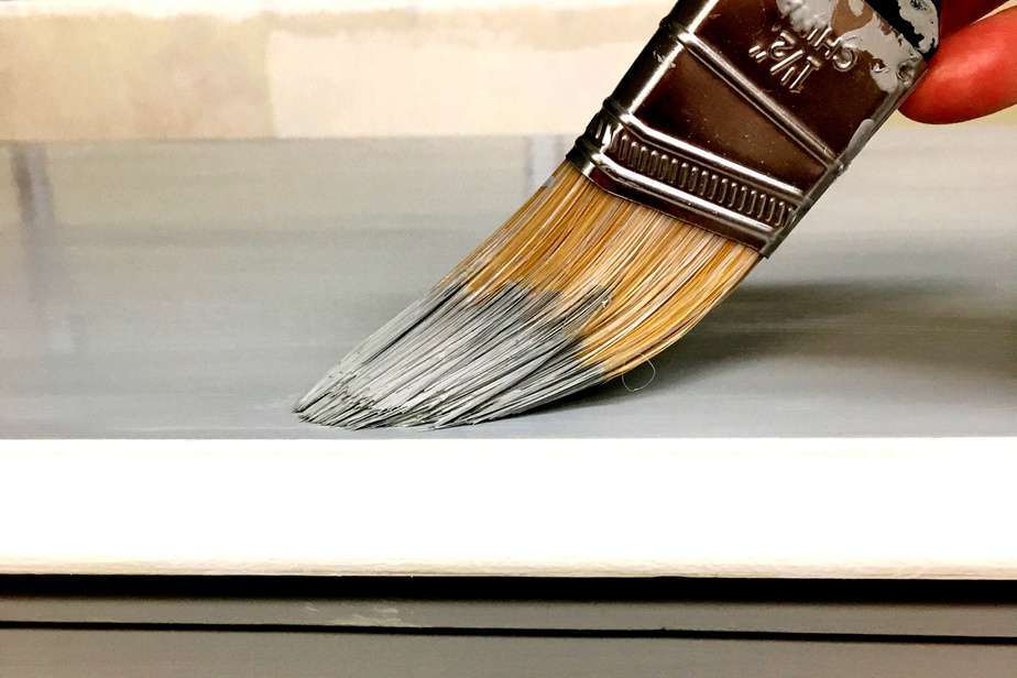 A Better Alternative To Chalk Paint (The Best Type of Paint for Wood Furniture)