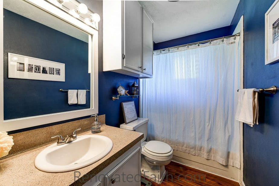 Blue Bathroom Tips for Selling Your House Fast