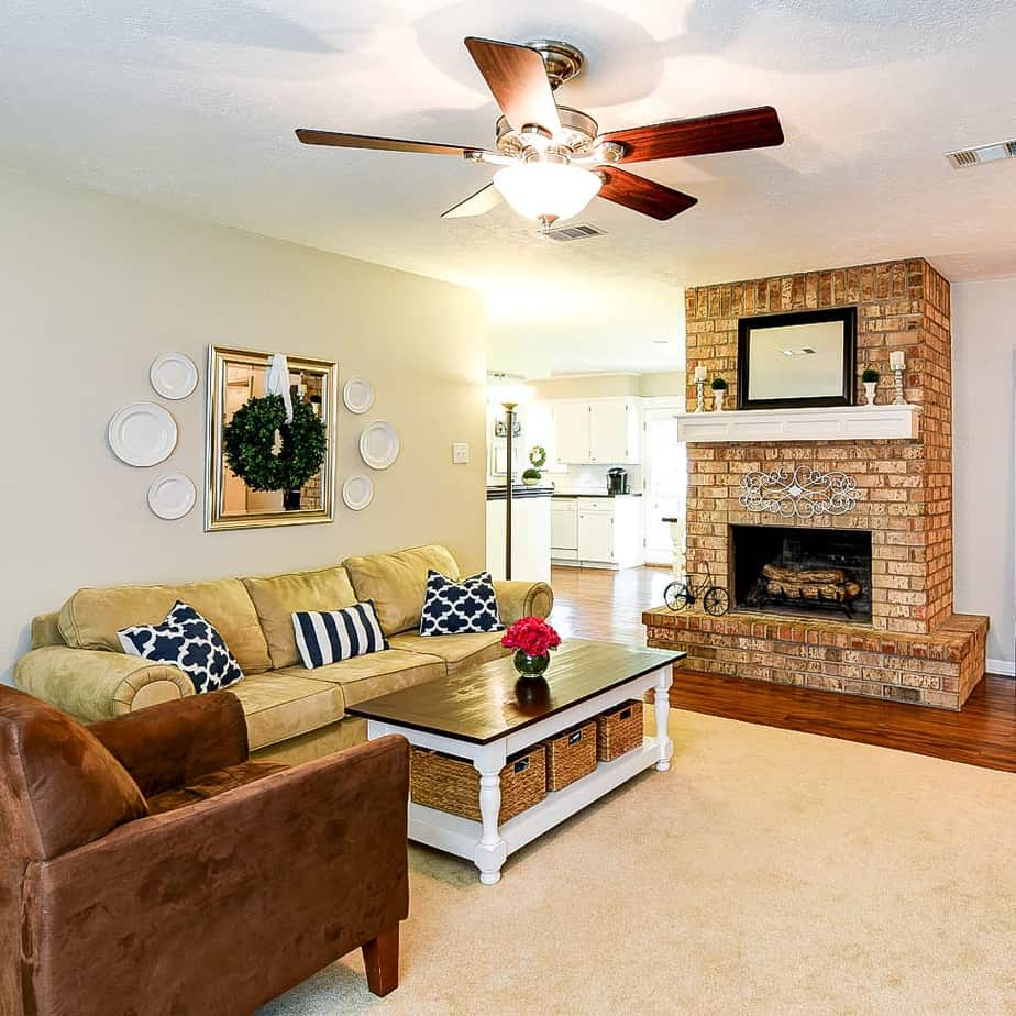 Living Room Staging Ideas: 27 Tips For Selling Your House Fast In 2020 (Home Staging