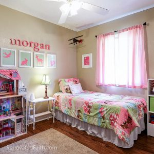 Little Girl's Bedroom - Tips for Selling Your House Fast - Do you want to maximize the return on your investment when updating your home to sell? Do you wish you could shorten the amount of time your home is on the market? Sure you do. I'm sharing my best tips for selling your house fast which helped our old house to get 24 showings and 12 offers within the first 24 hours. How To Get Your House Ready To Sell. Home Selling Tips 2018. How To Sell Your House Fast in a Slow Market. #sellhouse #stagingchecklist #tipstosellhouse