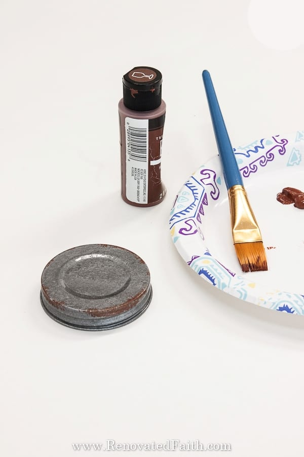 how to paint mason jar lids