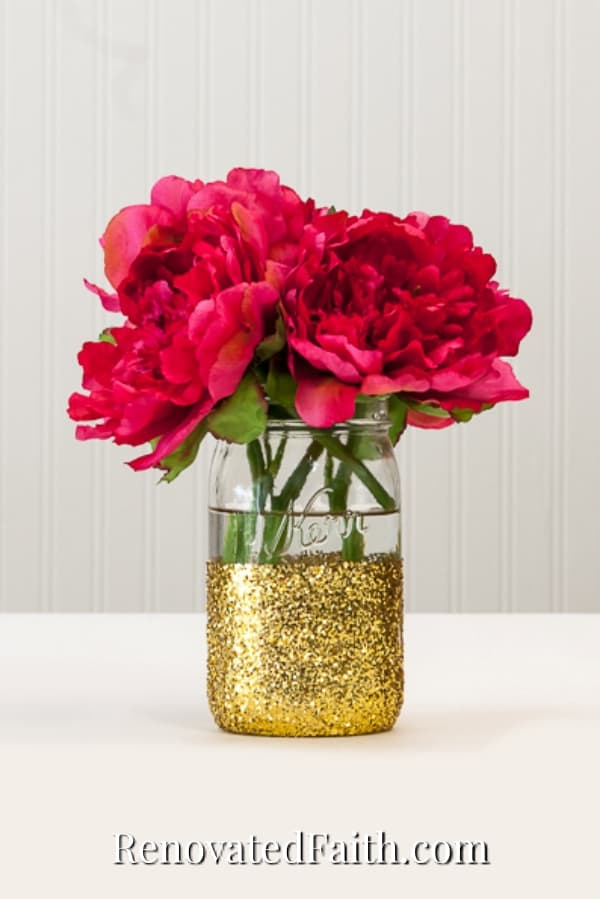 how to add glitter to a mason jar