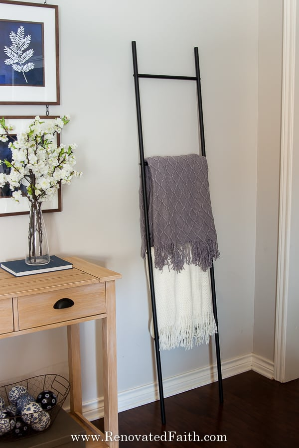 diy picture hanging rail system