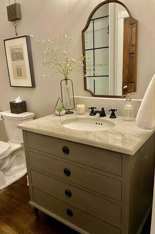 Sherwin Williams Agreeable Gray Bathroom Farmhouse