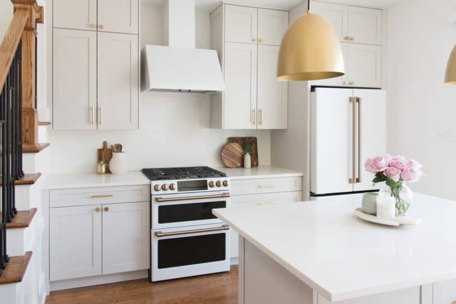 Sherwin Williams Agreeable Gray Kitchen Cabinets