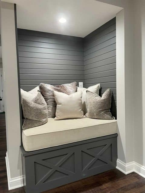 Sherwin Williams Agreeable Gray reading nook