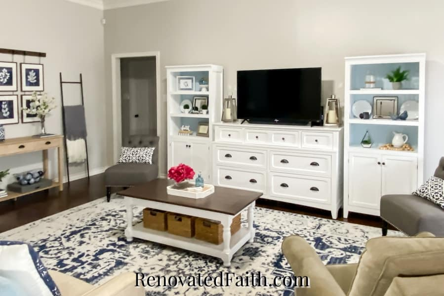 SW Agreeable Gray living room