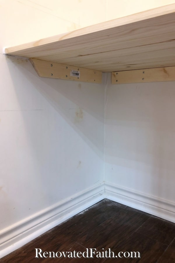 add braces to support diy floating desk in closet